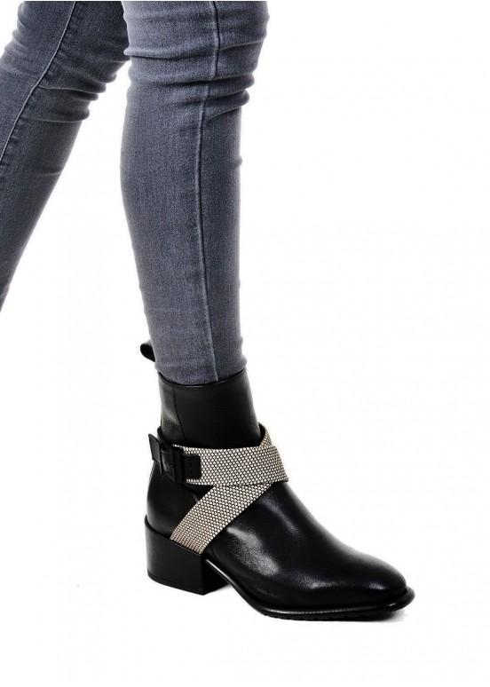 024501 Черные ботинки