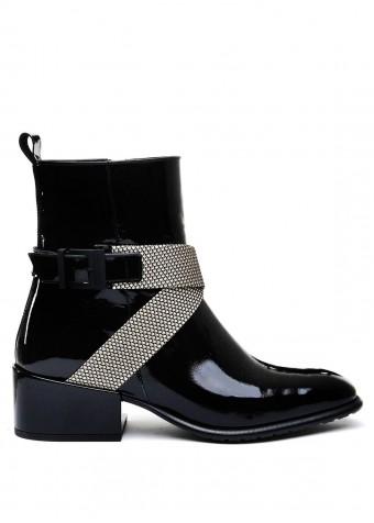 024511 Лакові чорні черевики