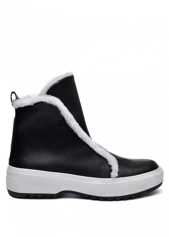 076001 Черный зимний ботинок