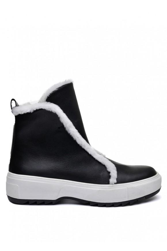 076001 Чорний зимовий черевик