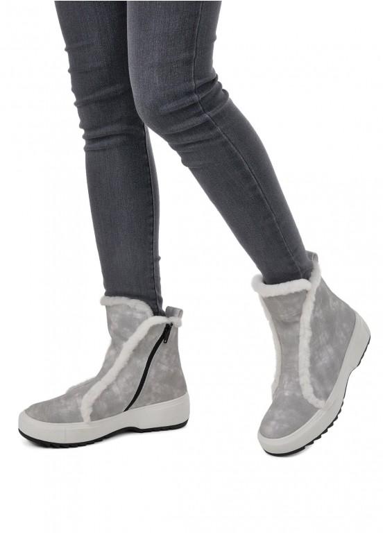 076021 Ботинки на меху