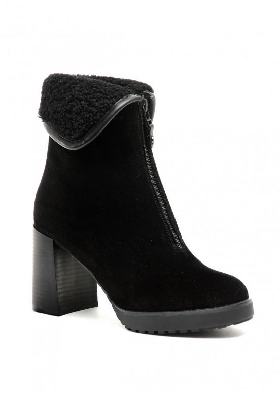 652033 Замшевые черные ботинки