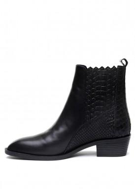 876021 Черные кожаные ботинки