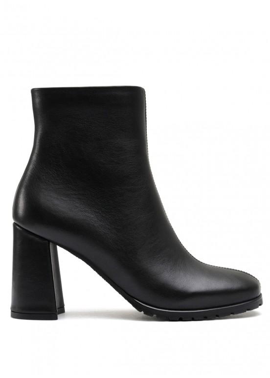 337003 Черные кожаные ботинки