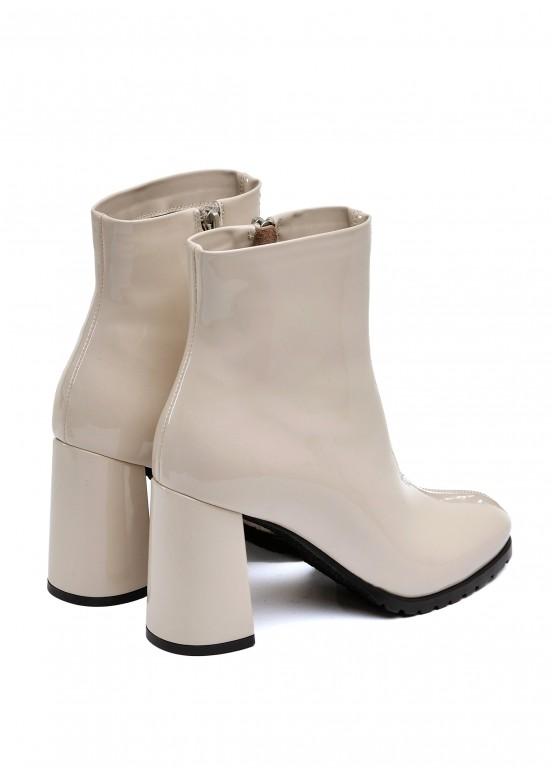337093 Бежевые лаковые ботинки