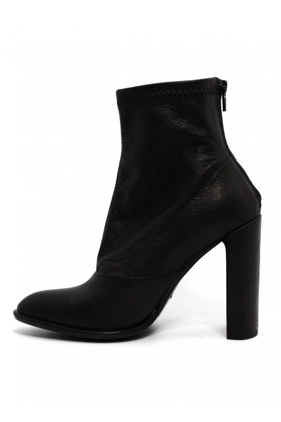 993504 Черные кожаные ботинки