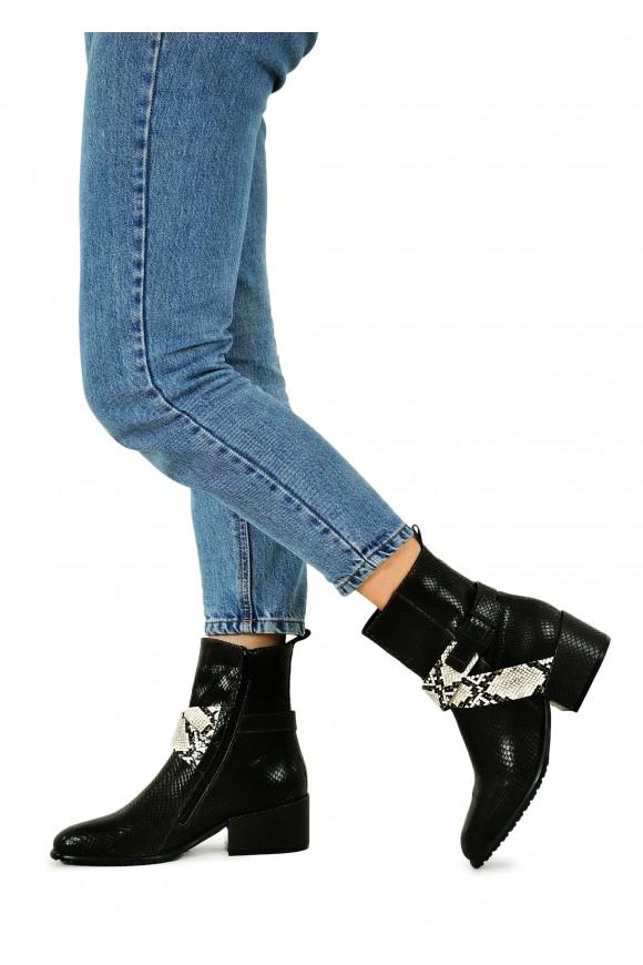 024541 Ботинки