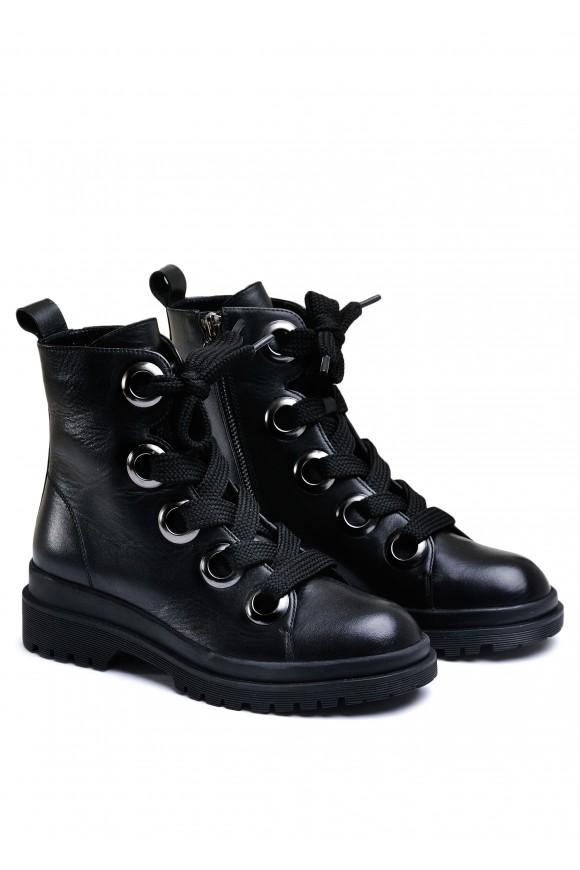 034933 Ботинки