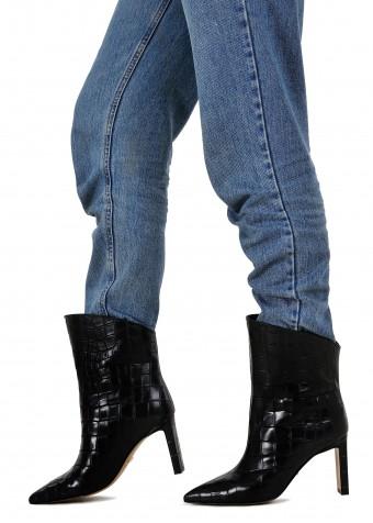 146121 Удобные ботинки на устойчивом каблуке