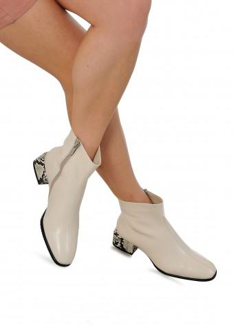 452501 Світлі черевики з натуральної шкіри