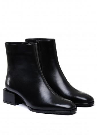 452511 Чорні шкіряні черевики