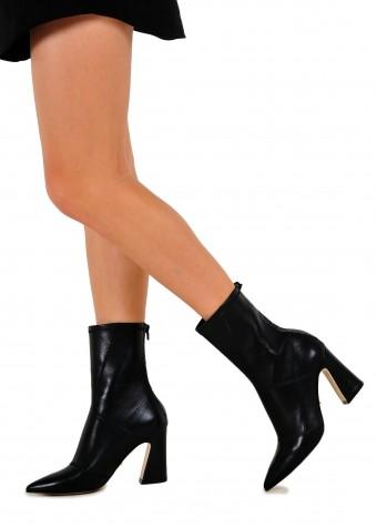 725007 Кожаные ботинки на среднем каблуке