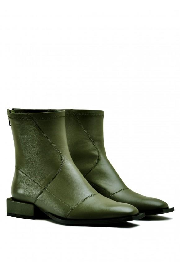 888411 Шкіряні черевики кольору хакі