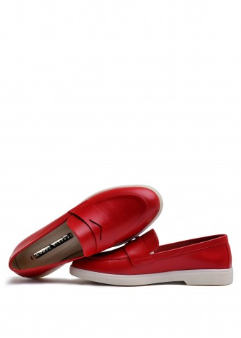 505301 Кожаные лоферы красного цвета