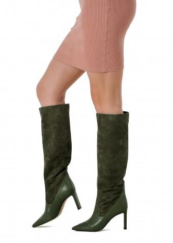 146021 Замшеві чоботи кольору хакі