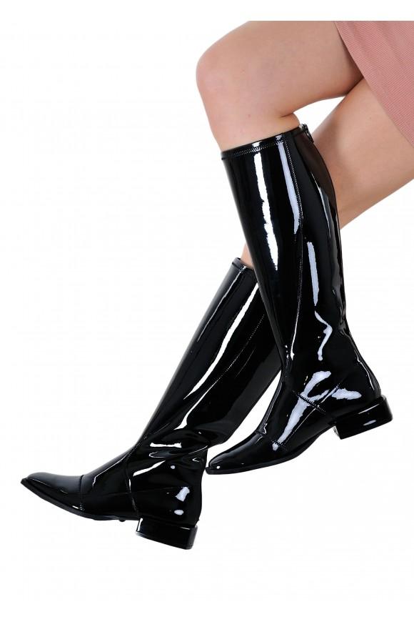 888501 Лакові чорні чоботи