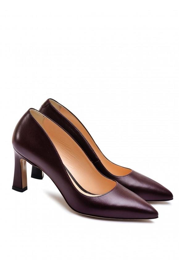 621418 Шкіряні туфлі на середньому підборі