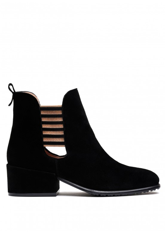 024771 Черные замшевые ботинки