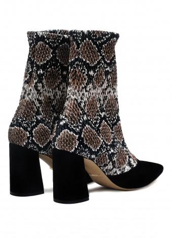 724015 Стильные ботинки