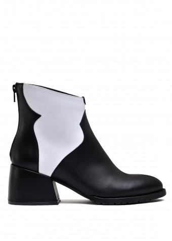 425741 Стильные кожаные черно-белые ботинки