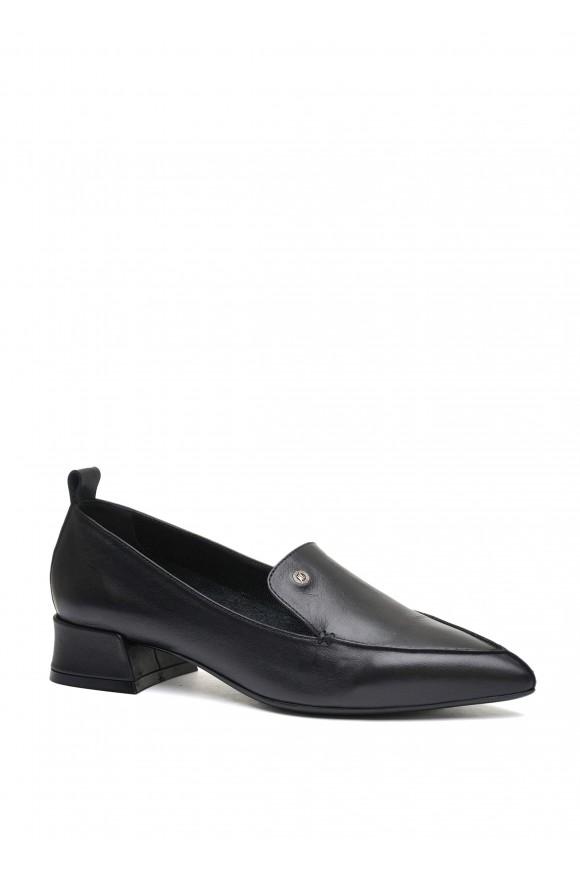 393002 Черные кожаные туфли