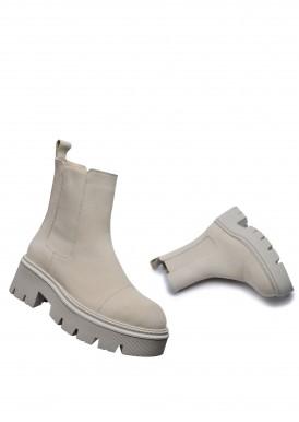 192411 Замшеві черевики на каучуковій підошві