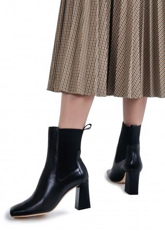 198103 Кожаные утепленные  ботинки на устойчивом каблуке