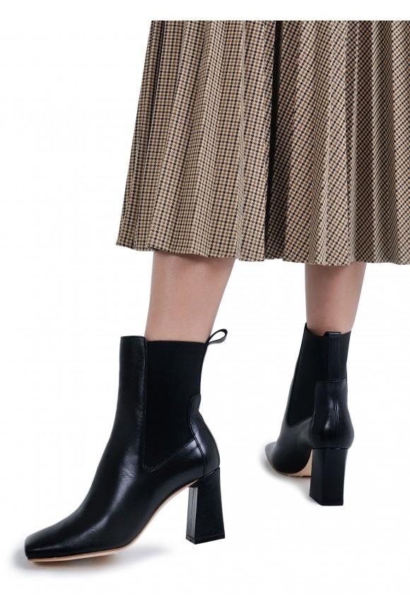 198103 Шкіряні утеплені черевики на стійкому каблуці