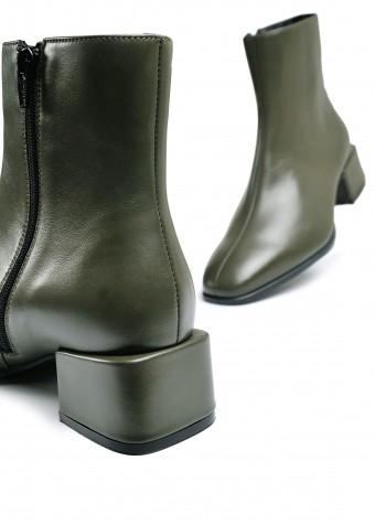 452571  Шкіряні черевики кольору хакі