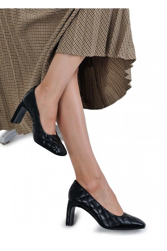066213 Стегані туфлі