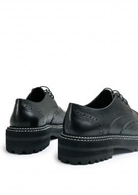 669905 Об'ємні туфлі з натуральної шкіри з полегшеною підошвою
