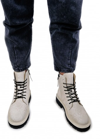 668021 Бежеві черевики низький хід