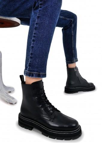 668032 Удобные кожаные ботинки
