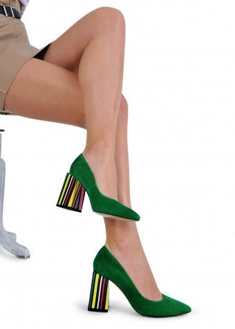 727746  Зелені замшеві туфлі