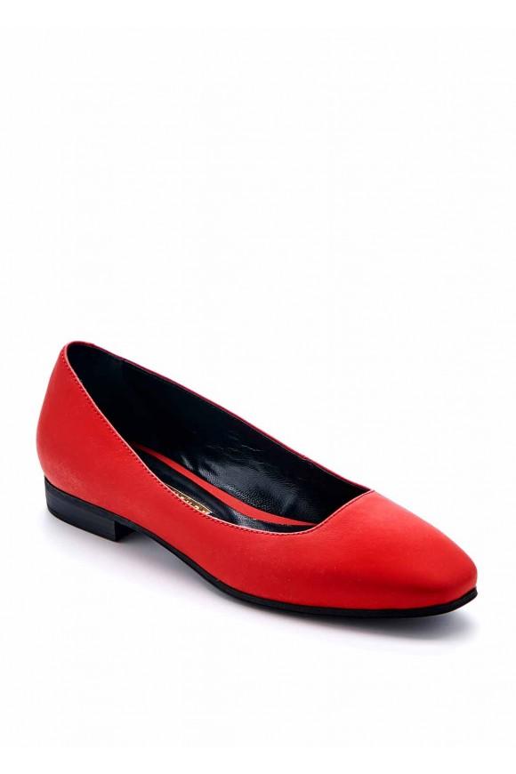 Красные туфли низкий ход