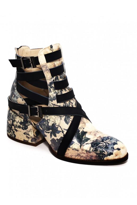 Кожаные ботинки в принт