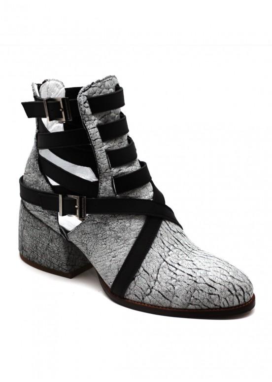 424241 Стильные кожаные ботинки