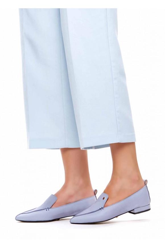 Лоферы из натуральной кожи с узким носком