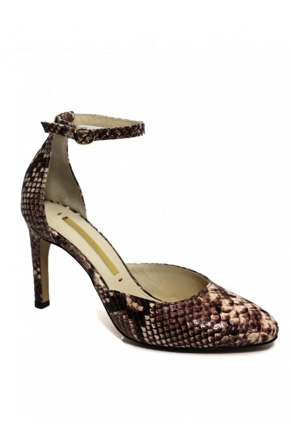 Кожаные туфли бежевые