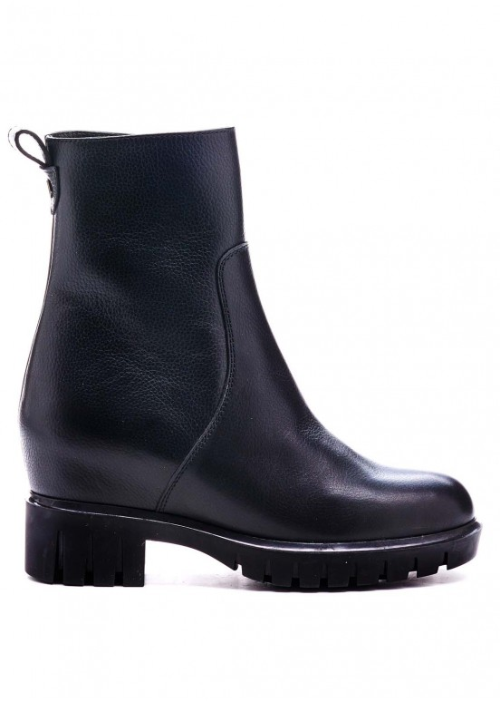 520121 Черные ботинки