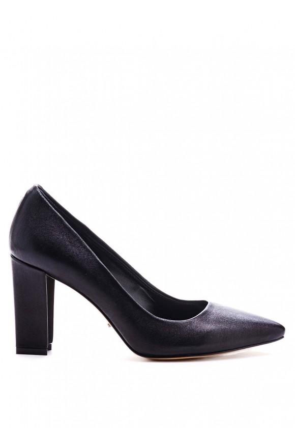 Черные Туфли на Каблуке 8см с Острым Носом