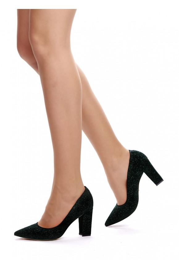 Туфлі з блиском