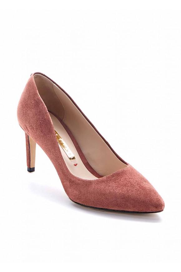 Замшевые туфли каблуке